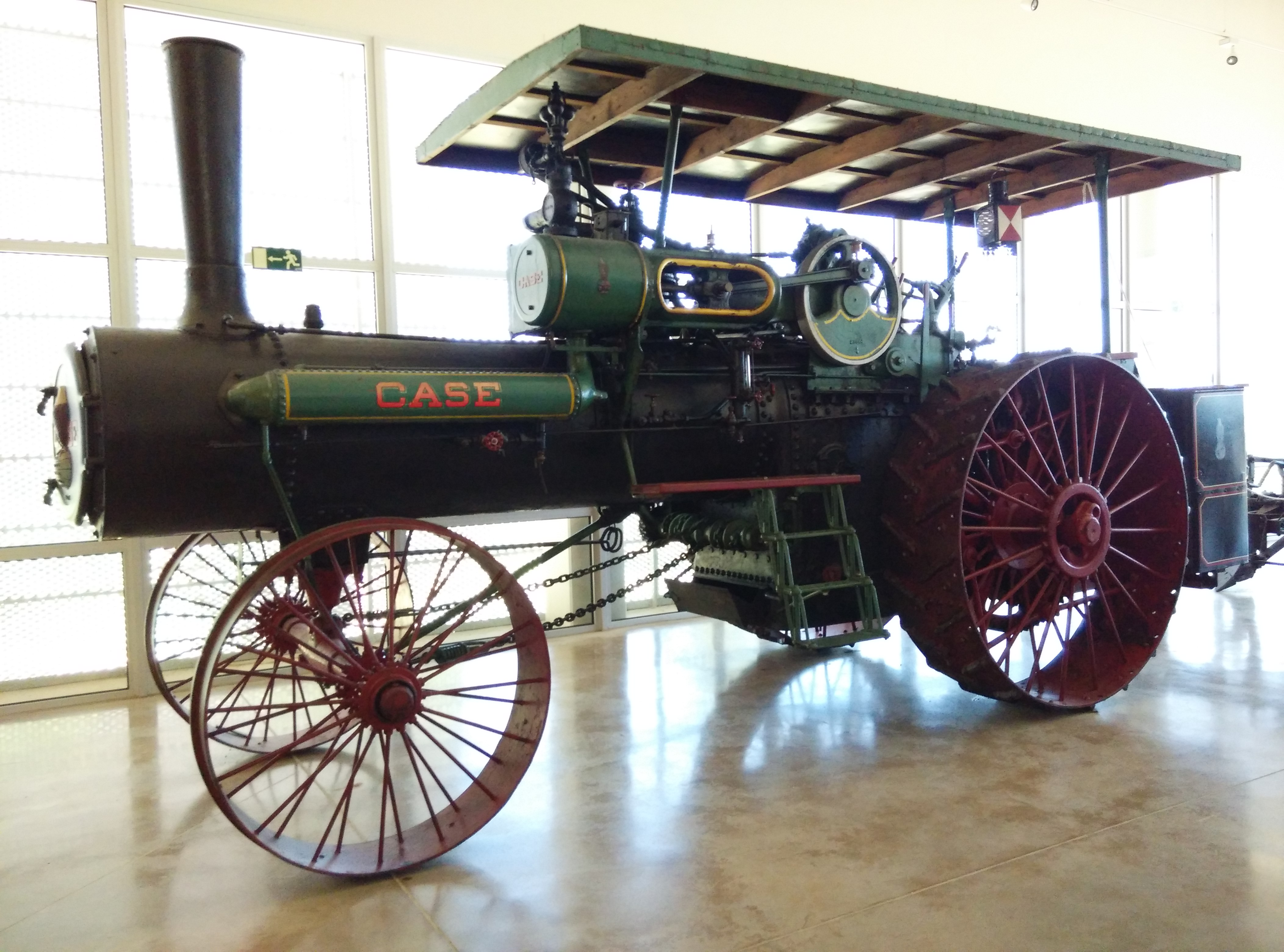 Tractor de vapor CASE 65 HP (1914)