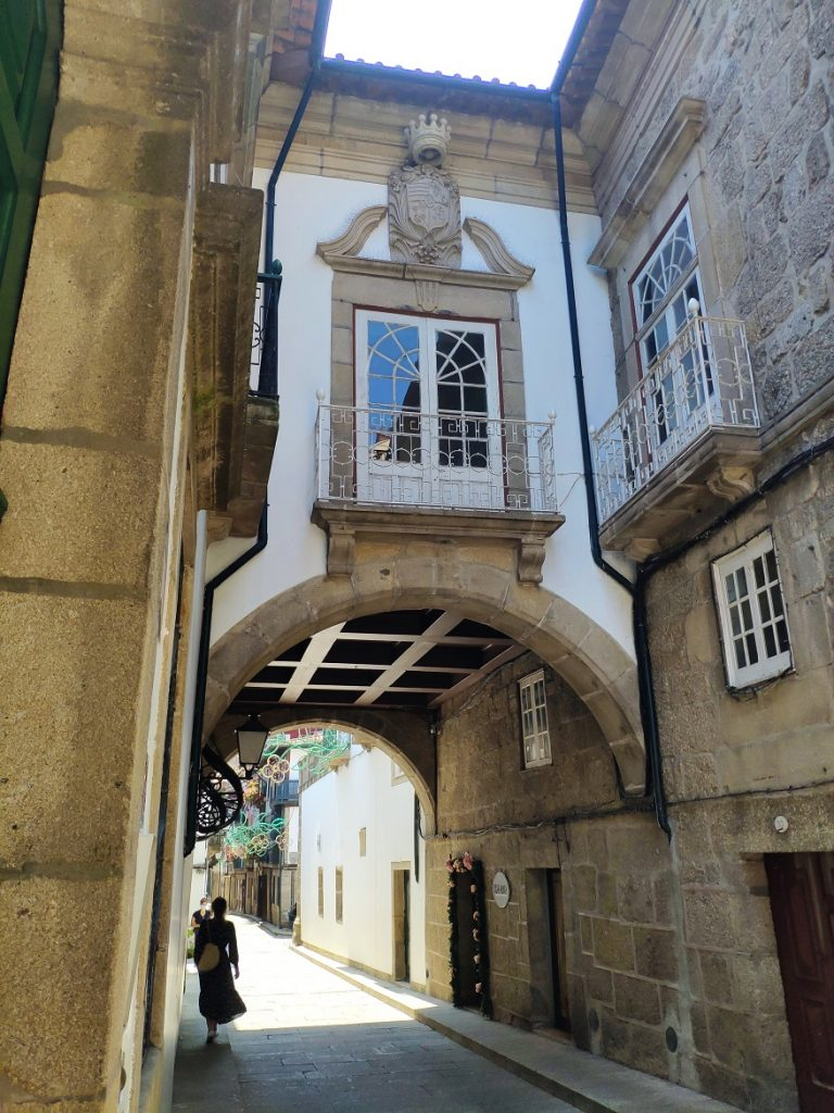 Calle de Santa María, en el centro histórico de Guimarães